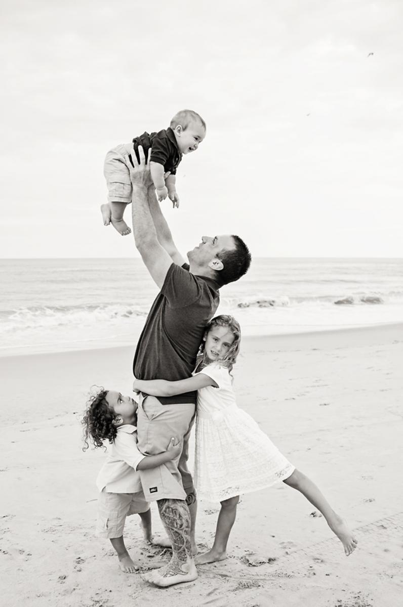 Dad and kids family photography Nags Head NC