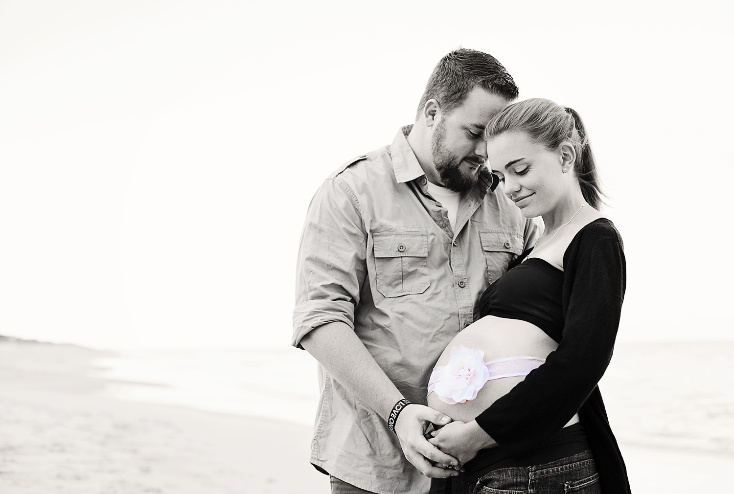 Maternity photography in the Outer Banks of NC